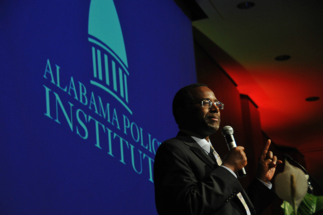 Benjamin Carson speaks at the 24th Alabama Policy Institute annual dinner.